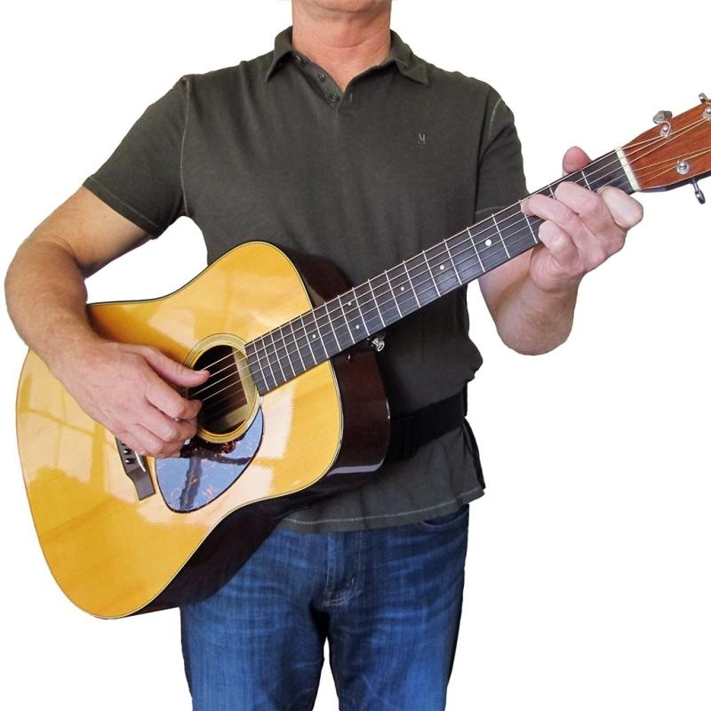 Original source: https://cdn.shopify.com/s/files/1/0098/1893/1300/products/guitar-strap-acoustic-hip-strap-tom-marti-f-1024_2000x.jpg?v=1559146994