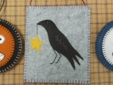 Embroider a Primitive Ornament with Woolfelt©