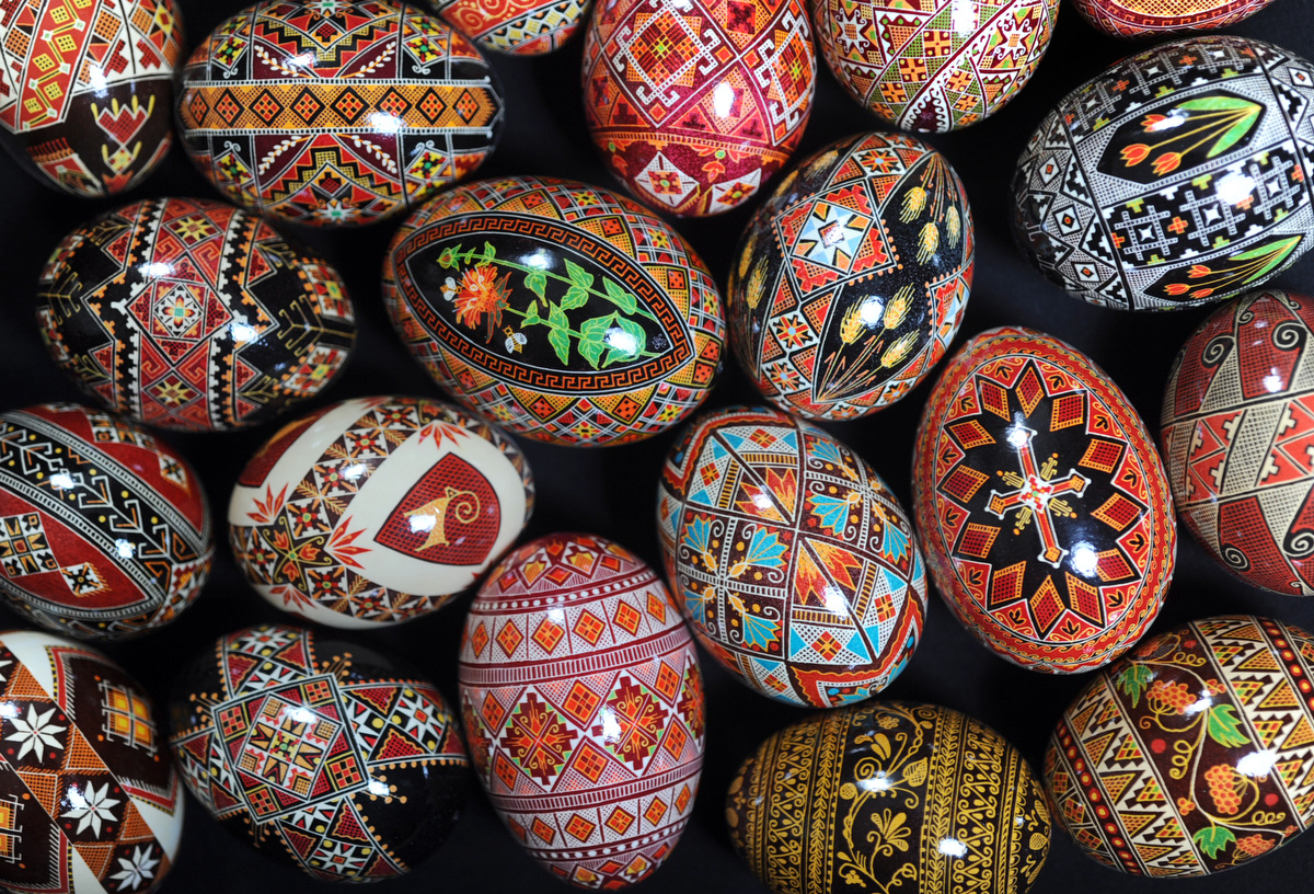 Eggspressive Art: Making Pysanky