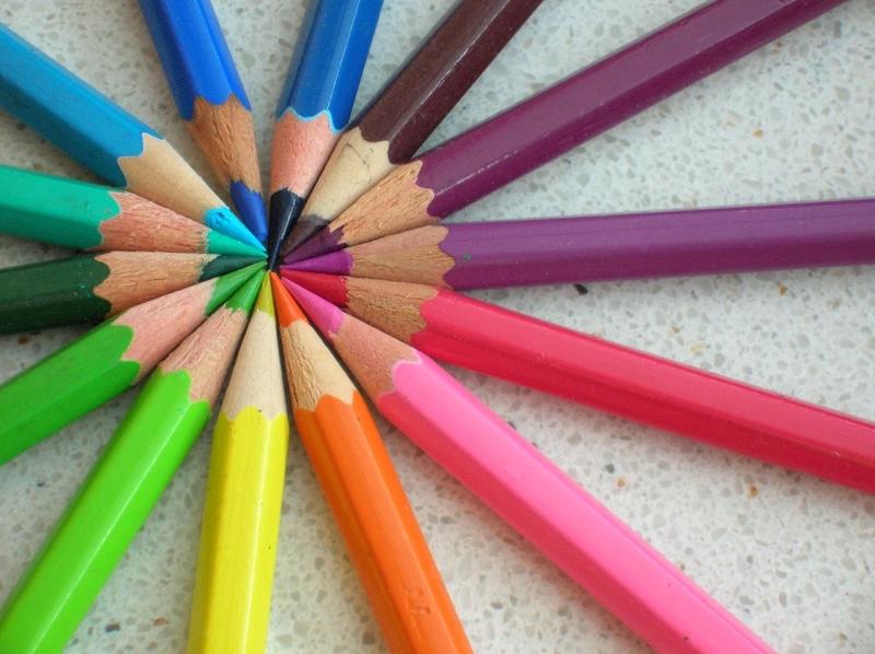 Original source: https://upload.wikimedia.org/wikipedia/commons/thumb/0/08/Colored_pencils_chevre.jpg/1280px-Colored_pencils_chevre.jpg
