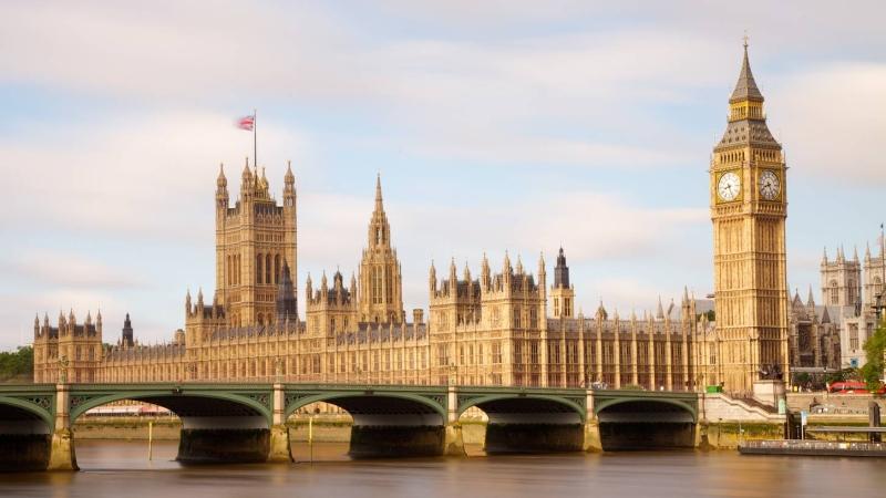 Original source: http://images.trvl-media.com/media/content/shared/images/travelguides/London-and-vicinity-178279-smalltabletRetina.jpg