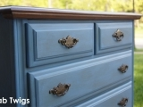 Chalk Painting Furniture/Kitchen Cabinets