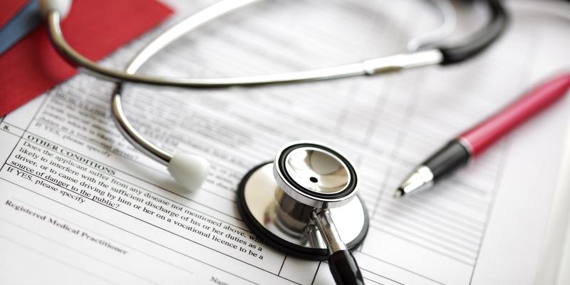 Original source: http://cfcc.edu/healthcare/files/2015/06/Medical-records-and-stethoscop-21838820.jpg