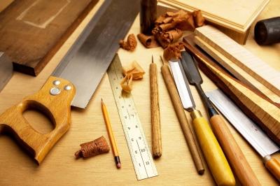 Original source: http://howbuildshed.com/wp-content/uploads/2015/10/woodworking-tools1.jpg