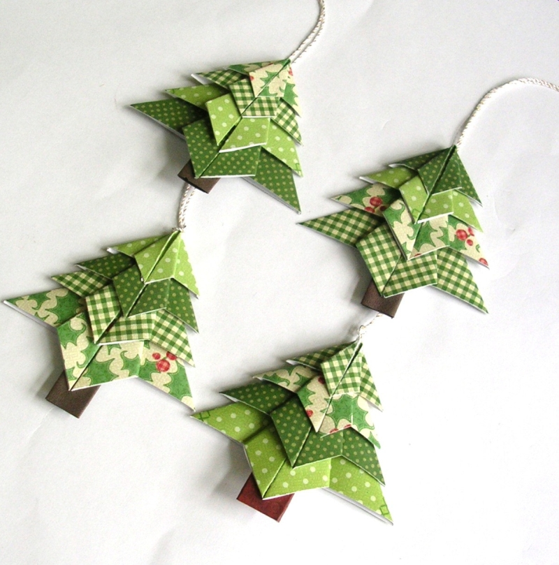 Original source: https://christmas.365greetings.com/wp-content/uploads/2016/02/19.-Cute-Green-Ornaments.jpg
