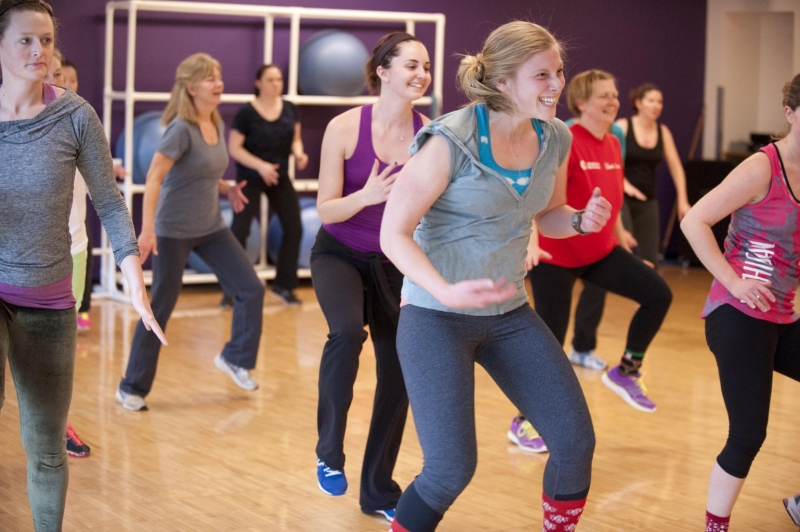 Original source: https://www.annarborymca.org/wp-content/uploads/2015/07/Teen-Zumba.jpg