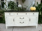 Chalk Painting Your Furniture or Kitchen Cabinets