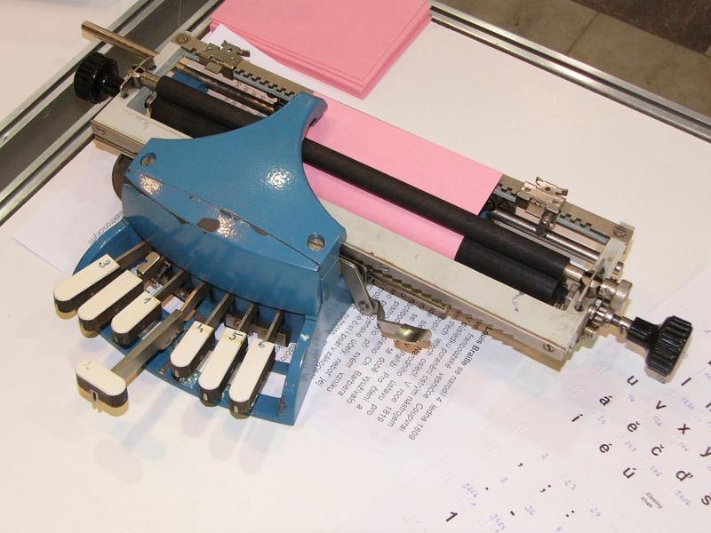 Original source: https://upload.wikimedia.org/wikipedia/commons/thumb/5/57/Braille_Writer_2.jpg/1280px-Braille_Writer_2.jpg