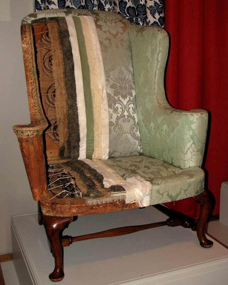 Original source: https://upload.wikimedia.org/wikipedia/commons/thumb/a/a5/New_England_easy_chair.jpg/1200px-New_England_easy_chair.jpg