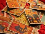 Original source: http://psychicjoker.com/wp-content/uploads/2012/06/tarot-cards-medium1.jpg