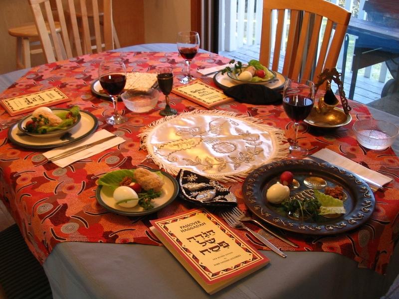 Original source: https://upload.wikimedia.org/wikipedia/commons/thumb/b/b7/A_Seder_table_setting.jpg/1280px-A_Seder_table_setting.jpg