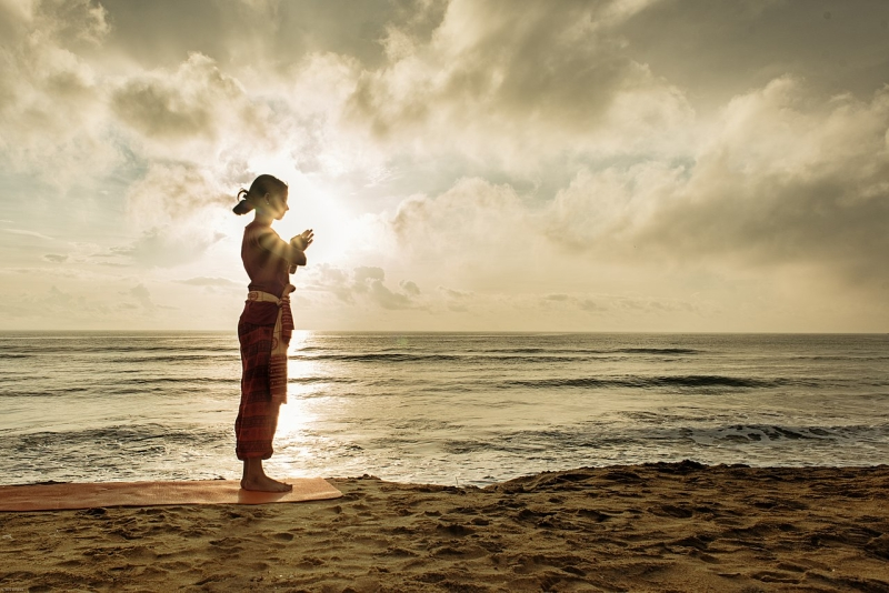 Original source: https://upload.wikimedia.org/wikipedia/commons/thumb/6/67/A_yoga_namaste_Hindu_culture_religion_rites_rituals_sights.jpg/1280px-A_yoga_namaste_Hindu_culture_religion_rites_rituals_sights.jpg