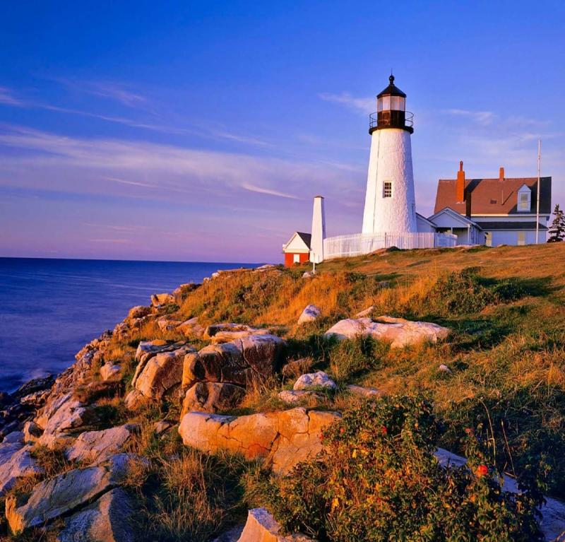 Original source: http://sun-surfer.com/photos/2012/02/Pemaquid-Point-Lighthouse-in-Bristol-Maine-USA.jpg