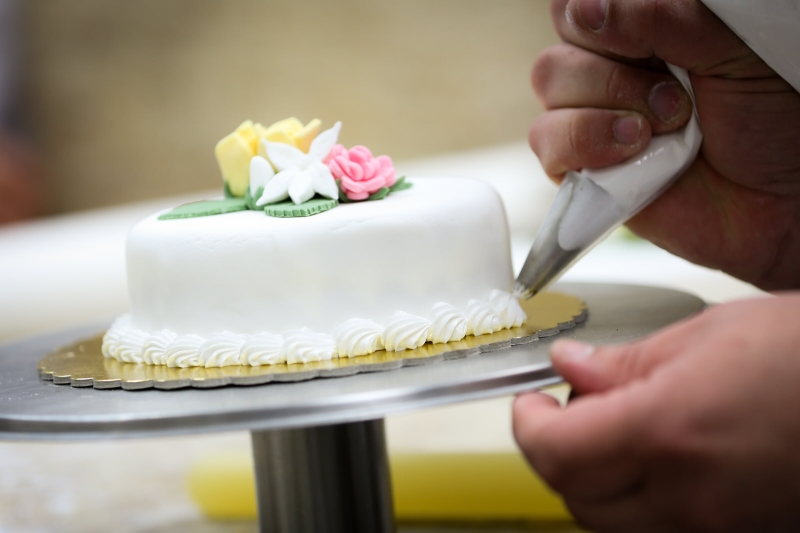 Original source: https://www.pdsmarchmania.org/uploads/Cake-Decorating.jpg