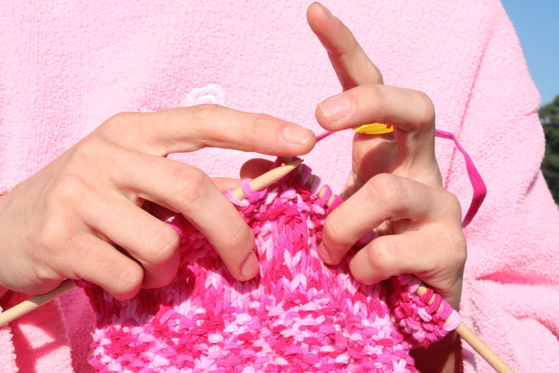 Original source: https://upload.wikimedia.org/wikipedia/commons/thumb/3/3a/Pink_knitting_in_front_of_pink_sweatshirt.JPG/1280px-Pink_knitting_in_front_of_pink_sweatshirt.JPG
