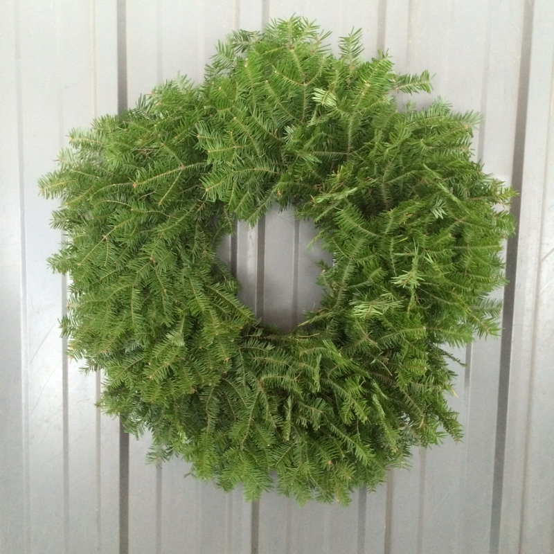 Original source: http://www.northernfamilyfarms.com/uploads/content_files/images/Balsam%20Wreath%2024.JPG