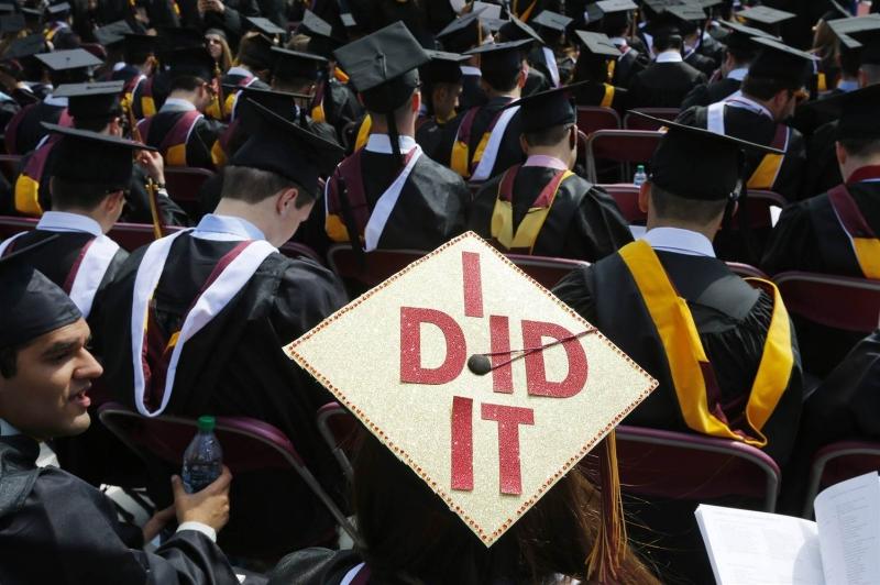 Original source: http://media3.s-nbcnews.com/j/newscms/2015_46/1295371/151109-college-graduation-jsw-435p_ee62b02e07c8d29c89f11e277f506a8e.nbcnews-ux-2880-1000.jpg