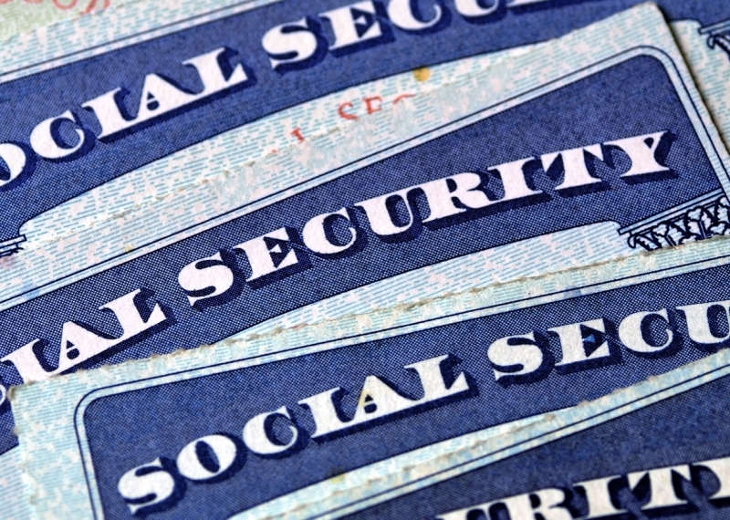 Original source: http://www.slate.com/content/dam/slate/articles/news_and_politics/technology/2015/07/1507010_FUTURE_socialsecurity.jpg.CROP.promo-xlarge2.jpg