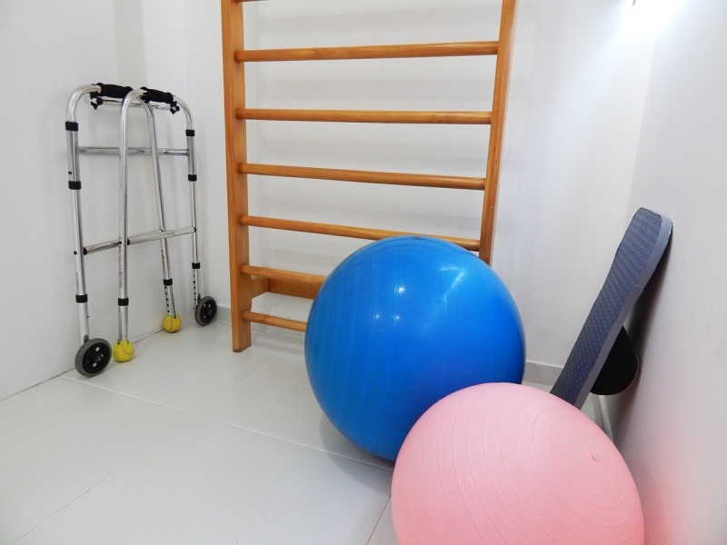 Original source: https://storage.needpix.com/rsynced_images/physical-therapy-1198344_1280.jpg