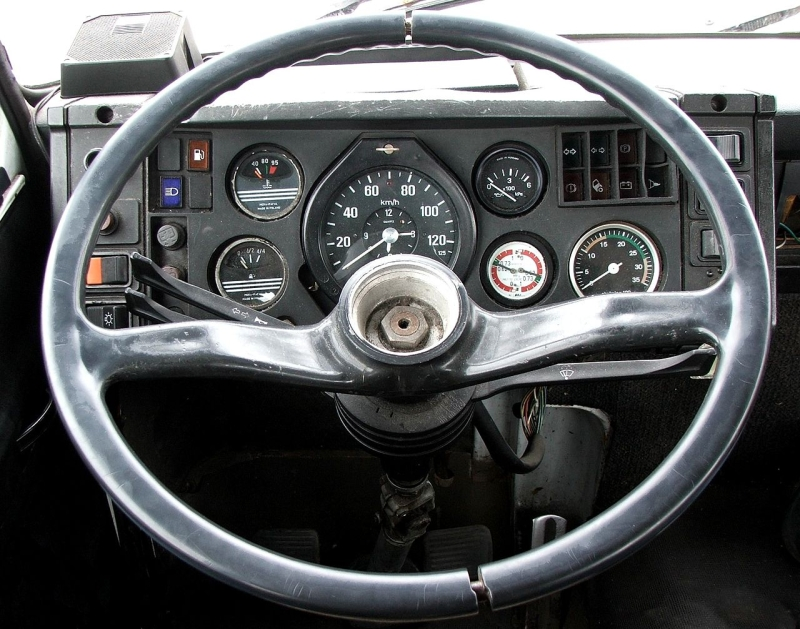 Original source: https://upload.wikimedia.org/wikipedia/commons/thumb/3/33/Steering_wheel_of_a_Star_1142_driving_school_truck_in_Worc%C5%82aw%2C_Poland.jpg/1280px-Steering_wheel_of_a_Star_1142_driving_school_truck_in_Worc%C5%82aw%2C_Poland.jpg