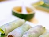 Original source: http://4.bp.blogspot.com/-BLiBYUcGuiE/U3rGUA3XmuI/AAAAAAAARRE/T_o7XRJxCwo/s1600/Grilled+pork+in+steam+rice+paper+roll.JPG