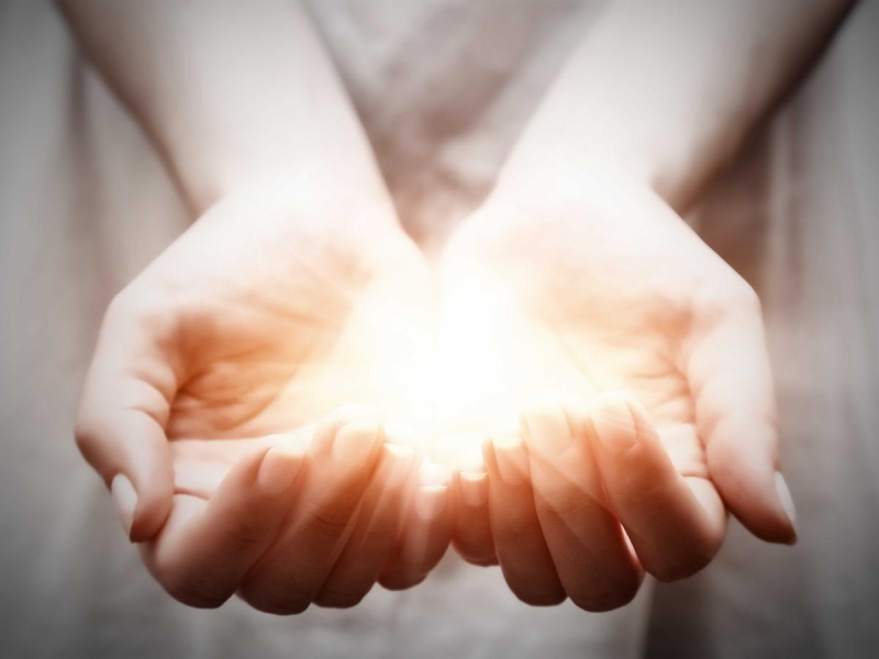 Original source: https://www.unityofclemsonanderson.org/sites/unityofclemsonanderson.org/files/bigstock-The-light-in-young-woman-hands-SMallerFile.jpg