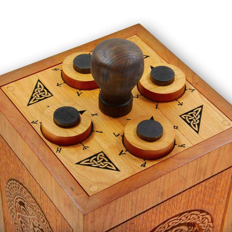 Original source: https://cdn.shopify.com/s/files/1/0094/0457/9897/products/Celtic_mechanical_lockbox_escape_room_puzzle_top_2048x.jpg?v=1535404684