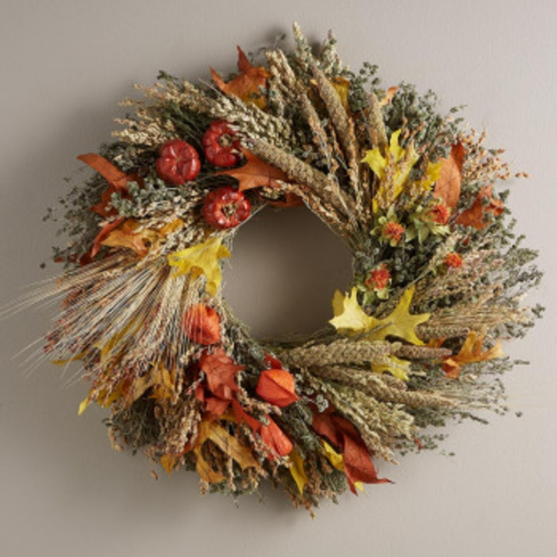 Original source: https://www.vivaterra.com/medias/sys_master/images/images/h4d/h02/10923703205918/v1982-fall-harvest-wreath.jpg