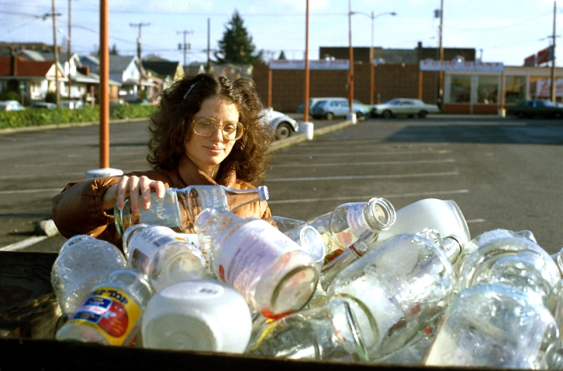 Original source: https://upload.wikimedia.org/wikipedia/commons/2/2d/Seattle_-_Woman_recycling_glass%2C_1990.jpg