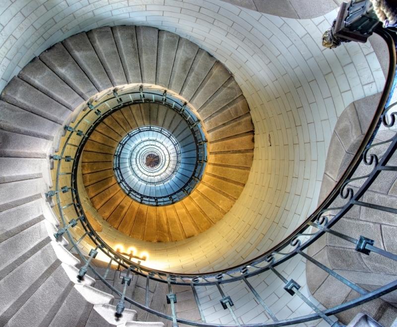 Original source: http://www.triologywellness.com/wp-content/uploads/shutterstock_94263022-Spiral-Stair.jpg