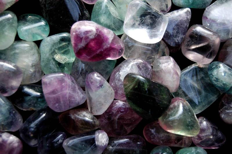 Original source: http://www.spiritearthawakening.com/wp-content/uploads/2016/04/flourite-crystals.jpg