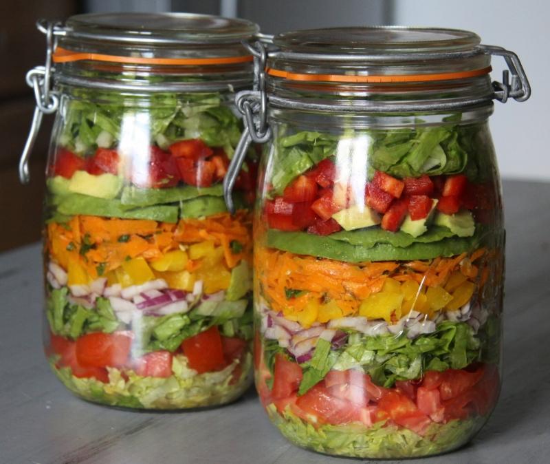 Original source: http://squeezie-reviews.com/wp-content/uploads/2013/04/Salad-In-A-Jar.jpg