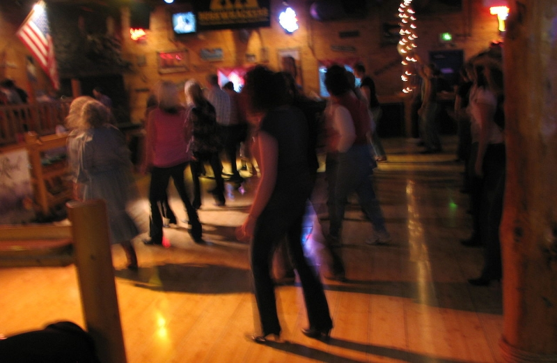 Original source: https://upload.wikimedia.org/wikipedia/commons/thumb/4/4e/Line_Dancing.jpg/1280px-Line_Dancing.jpg
