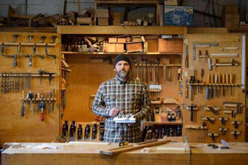 Original source: http://www.matthewstein.com/wp-content/uploads/2015/04/Matthew-Stein-Woodworking.png
