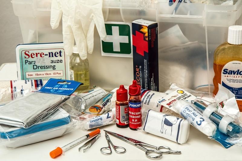 Original source: http://summitzero.com/wp-content/uploads/first-aid-908591_1280.jpg