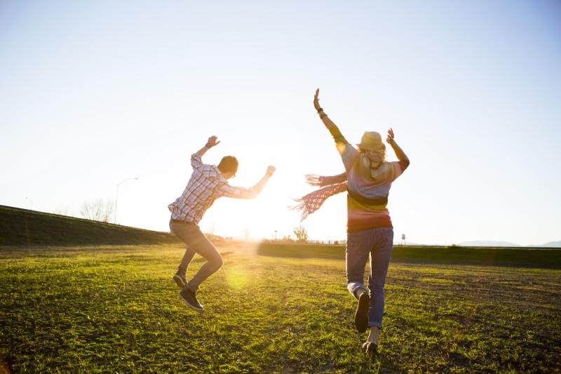 Original source: https://www.wanderlustworker.com/wp-content/uploads/2014/08/the-happy-habits-12-habits-for-happiness.jpg